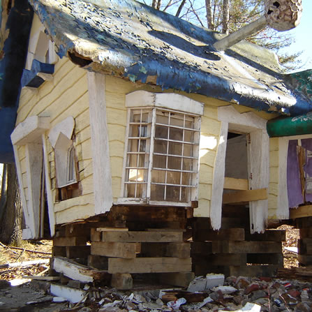 The 3 Bear's House was in bad shape when we started the move