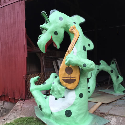 Mark Cline rebuilt the Dragon for the Castle on Route 40 and also created a duplicate Dragon for the Castle entrance at our farm
